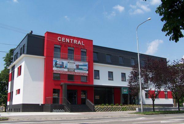 Administratívna budova Central v Hurbanove