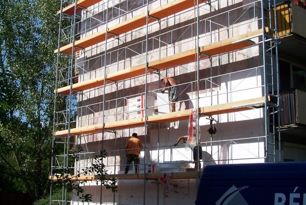 Rekonštrukcia fasády BD na Cintorínskej v Komárne