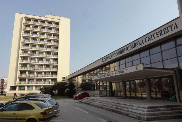 Rekonštrukcia fasády ŠD Mladosť Nitra